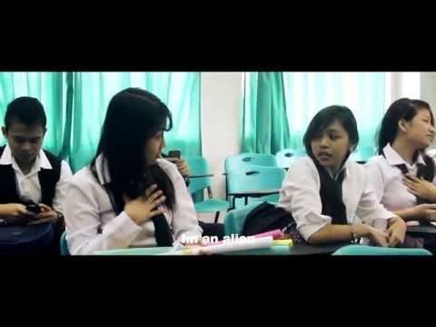 MANILA PAPER ( a love story shortfilm)