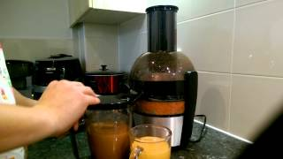 £50 Philips Juicer Quick Demo - Viva Collection HR1863/01