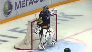 Гол рикошетом от шлема Зубарева / Zubarev's crazy facepuck goal