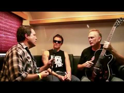 Roger Alan Wade & Johnny Knoxville Interview Performance At Hootenanny 2013