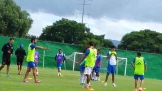Entrenamiento Gallos Blancos del Querétaro  Ronaldinho.