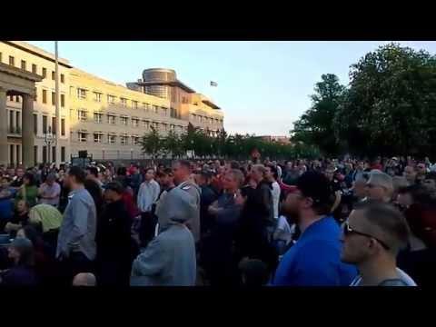 Montagsdemo Video 8 am Brandenburger Tor vom 28.04.2014