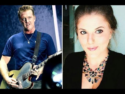 Why did Josh Homme kick Chelsea Lauren, what injuries did the photographer suffer and has he