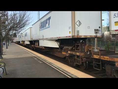 Southbound Union Pacific - Salem Station