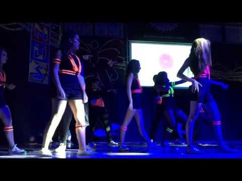 Baile Nochecita GENUS