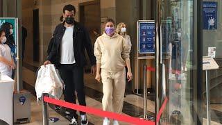 İşte Lalin bebek! Sinem Kobal ve Kenan İmirzalıoğlu bebekleriyle hastaneden ayrıldı!