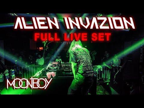 MOONBOY LIVE: Long Beach, CA (ALIEN INVAZION)