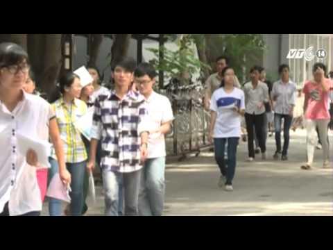 VTC14_Hàng trăm thí sinh trên 27 điểm có nguy cơ trượt Đại học Y Hà Nội_04.08.2013