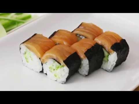 Simple Salmon Sushi Rolls
