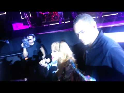 Rihanna Hits Fan In The Face With Microphone (During Diamonds World Tour Birmingham)