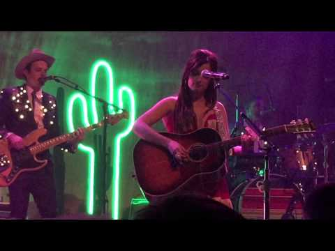 Keep It To Yourself - Kacey Musgraves Live In Baltimore 2015