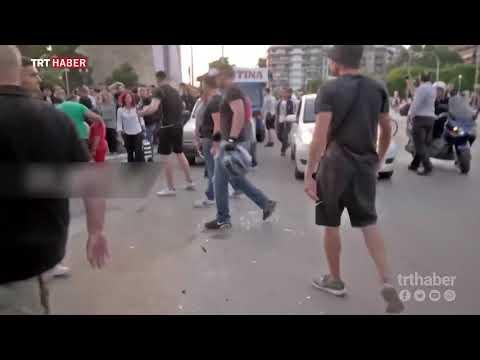 Yunanistan'da ırkçılar Selanik Belediye Başkanı'na saldırdı