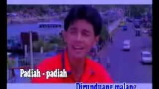 Video AN ROYS - Sasuok Nasi Sacabiak Kain (lagu minang). download MP3, 3GP, MP4, WEBM, AVI, FLV Juli 2018
