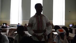 Студенти ІФНМУ читають вірші про писанки