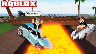 Falling into the Lava By Car Loses! We Went to the Lava-Filled Map - Roblox Car Crushers with Panda 2
