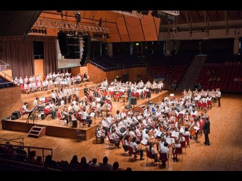 TOM HARROLD: VOYAGE HOME, for large mixed-ensemble orchestra