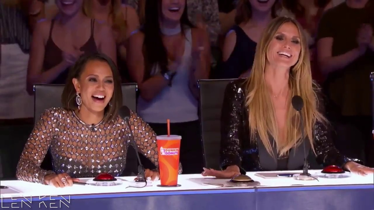 Americas got talent 2017 funny - Judges Can T Stop Laugh Dance Funny America S Got Talent 2017