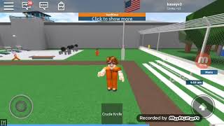How to duck on Roblox on mobile