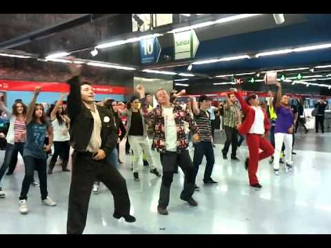 Flashmob en el metro de colonia jardin youtube for Metro ligero colonia jardin