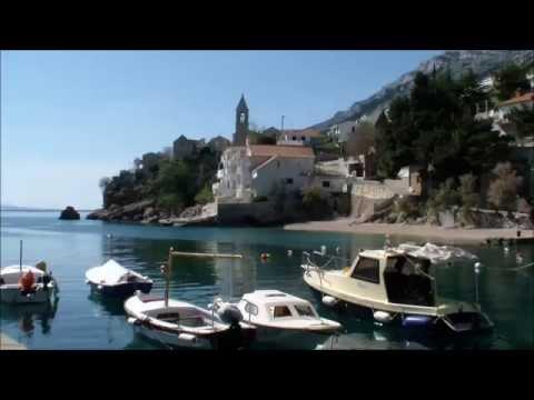 Pisak Kroatien, malerisches Ort auf der Omis Riviera