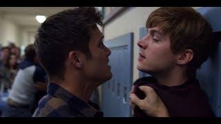 13 Reasons Why 2x11 - School Fight Scene 1080p