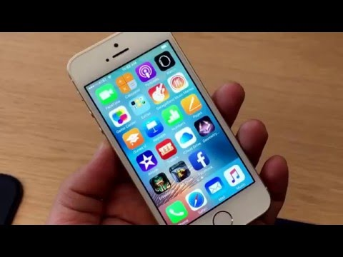 iPhone SE: Apple's new small iPhone in our hot little hands