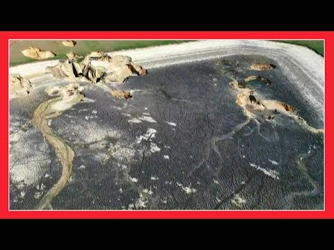SOMETHING STRANGE IS HAPPENING IN FLORIDA !!! MAY 2018 END TIMES NEWS REPORT - SINKHOLE 2018
