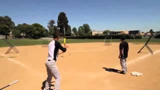 профессиональный игрок в бейсбол