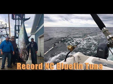 1045 lb Bluefin Tuna - Morehead City NC