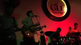 Độc Thoại - Mừng sinh nhật Guitar bass FA Mai Vinh - Hải Anh singer & G4U Cafe (6-9-15)