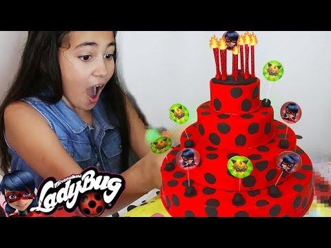 Bolo LADYBUG com Brinquedos SURPRESA! Aniversario Baby Alive Bia Bagunça e Bela Bagunça faz 10