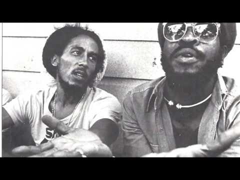 Ambush In The Night - Bob Marley (ESPAÑOL/ENGLISH)