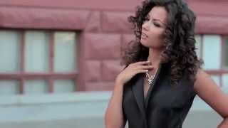Видео обзор Длинный черный пиджак от ТМ Daminika