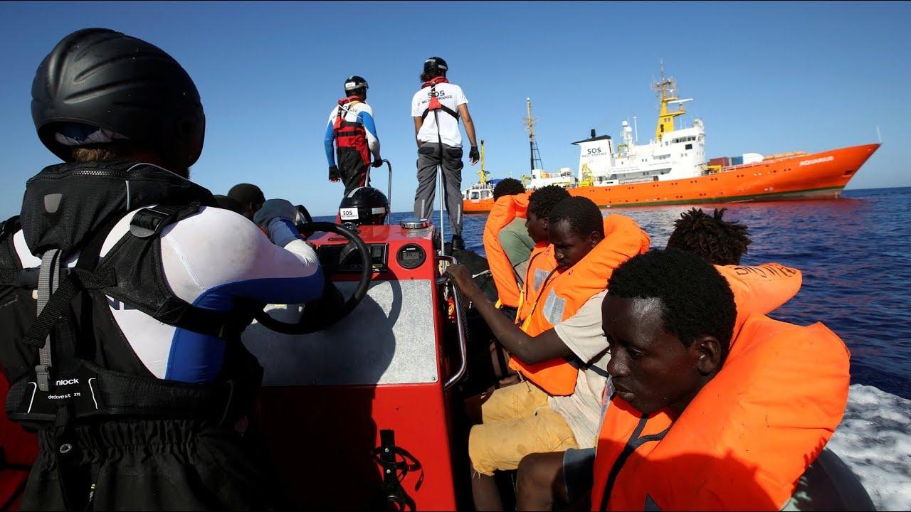 Espa a acoger los 629 migrantes que no quiere italia del barco aquarius youtube - Gran canaria tv com ...