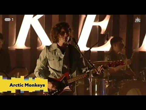 Arctic Monkeys - Knee Socks (NOS Alive 2018)