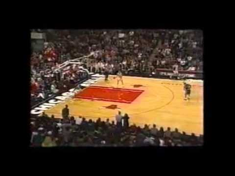 Dennis Rodman hits 3 3-pointers in a row
