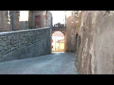Arnara, Tiny Medieval Town In Italy!