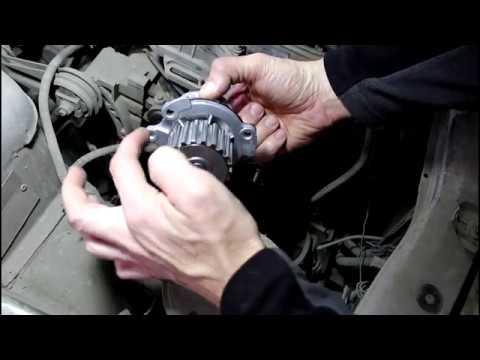 Замена помпы двигателя на ВАЗ 2110 2004 1,5 16кл Лада 2110 LADA