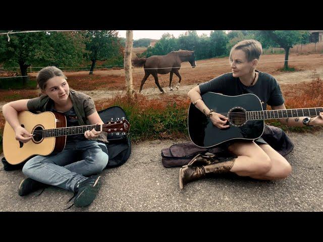 BĚLOUŠ - LIVE | Olivie Žižková & Natálie Adriana