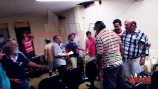 Tv Maciço.com - Entrevista com o prefeito de Baturité (afastado) Bosco Cigano e o professor Batista