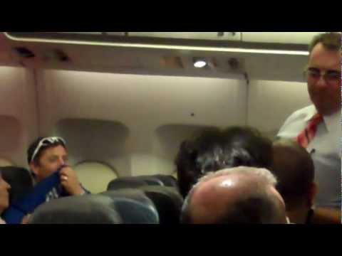 Arrest on Air Transat TS143 on March 22, 2013