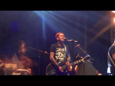 Lolot - Bangsat (Live At Justice Art Festival)