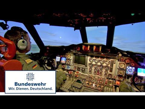 Marineflieger der Bundeswehr - Training im P-3C Orion Taktiksimulator