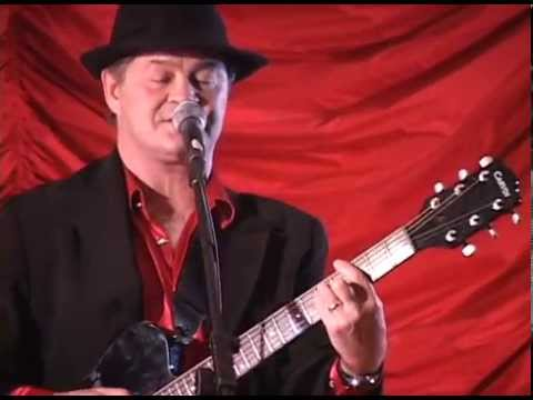 Daydream Believer peformed by The Monkees' Micky Dolenz