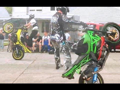 42 sensu crew stunt team show rider drift burnout motorrad stuntshow bike germany youtube. Black Bedroom Furniture Sets. Home Design Ideas