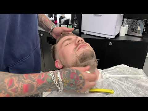 Эспаньолка – безупречная  форма бороды