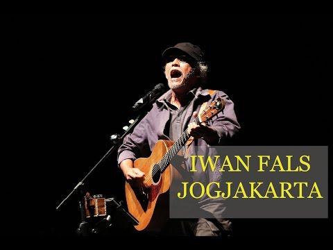 Iwan Fals Nyanyi 'Willy' Bikin Merinding