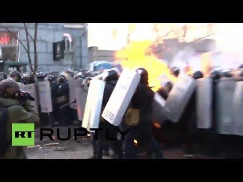 Opositores en Kiev