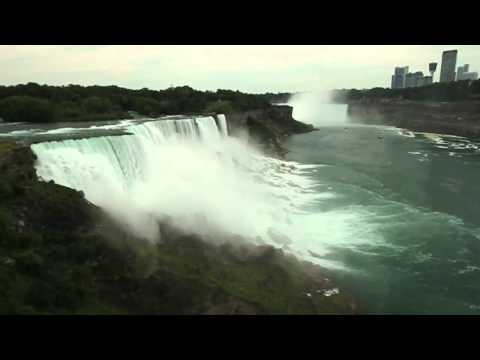 Walking Tour Of Niagara Falls From The U.S.and Canadian Side