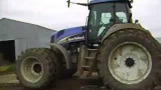 show de boucane(burnout) tracteur New Holland TG305